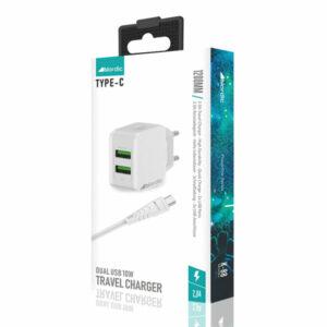 מטען מהיר עם זוג יציאות USB וכבל USB-C מבית Nordic
