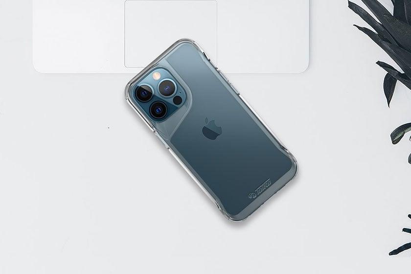 כיסוי לאייפון 13 שקוף קשיח וחזק Toiko Titan